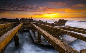 Картинка море, закат, рыбак