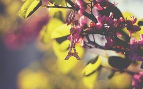 Картинка листья, эйфелева башня, брелок, подвеска