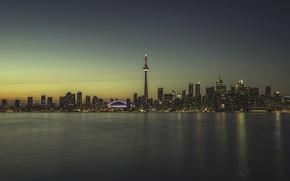 Картинка отражение, вечер, горизонт, Канада, Торонто, Canada, skyline, evening, Toronto, reflection, Lake Ontario, озеро Онтарио, Си-Эн …