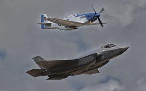 Обои полет, P-51D, F-35A, MUSTANG, LIGHTNING