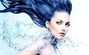 Обои water, look, effects, splash, hair