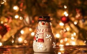 Обои снеговик, свеча, подсвечник, елка, ель