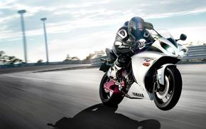 Обои мотоцикл, Yamaha, скорость