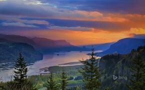 Обои река Колумбия, Краун-Пойнт, горы, природа, зарево, деревья, Орегон, США