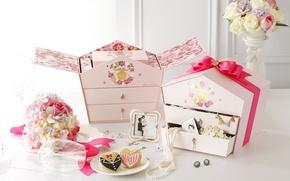 Картинка цветы, бокал, печенье, фигурки, коробки, свадебный