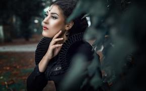Картинка взгляд, девушка, украшения, лицо, стиль, рука, портрет, макияж, Mary Maleficent