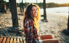 Картинка пляж, девушка, закат, улыбка