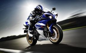 Картинка скорость, мотоциклист, Yamaha, front, ямаха, YZF-R1, спортивный мотоцикл