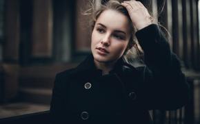 Картинка взгляд, девушка, улыбка, настроение, милая, модель, портрет, прическа, пуговицы, шатенка, красивая, Julia, пальто, young, beauty, …