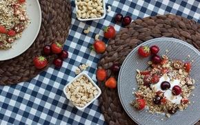 Картинка клубника, орехи, черешня, breakfast, мюсли, йогурт, muesli, Grzegorz Krysmalsk