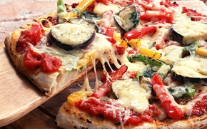Обои зелень, сыр, лук, баклажан, пицца, помидор, болгарский перец, cheese, greens, tomato, onion, bell pepper, итальянская ...
