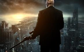 Картинка город, оружие, дома, штрих-код, лысый, пиджак, мегаполис, снайперская винтовка, Агент 47, Hitman Absolution, сорок седьмой, …