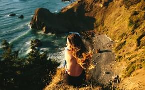 Картинка волны, девушка, ветер, берег, спина, высота