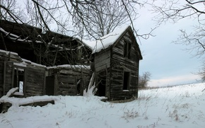 Картинка зима, лес, снег, дом, заброшенный, house, хижина, abandoned