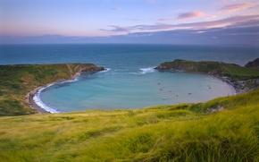 Обои море, небо, даль, трава, берег, залив