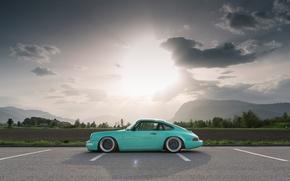 Картинка Солнце, Небо, Облака, Поле, Горы, 911, Porsche, Лес, Пейзаж, Парковка, Сбоку, Carrera 2, (964)