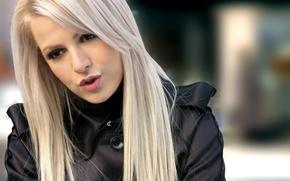 Обои девушка, ресницы, блондинка, губы, певица, поет, Eurovision 2011, Евровидение 2011, Евровидение, Eurovision, Болгария, Поли Женова, ...