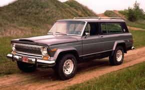 Картинка дорога, фон, холмы, внедорожник, Джип, передок, 1976, Jeep, Cherokee, Чероке, Chief