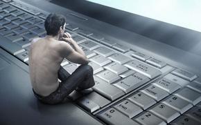 Картинка спина, клавиатура, ноутбук, парень
