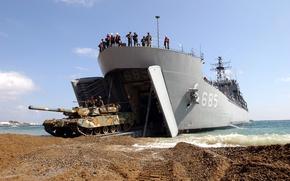 Обои корабль, танк, солдаты, берег, K1/88, выгрузка