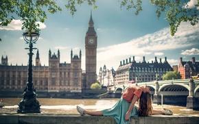 Обои девушка, город, Лондон, танец, Marine Fauvet