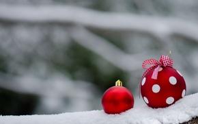 Картинка снег, шары, горошек, красные, Новый год, украшение, бантик, новогоднее