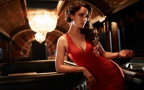 Картинка девушка, красное, фильм, модель, платье, актриса, брюнетка, декольте, вырез, Джеймс Бонд, 007, James Bond, Skyfall, ...