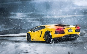 Картинка Lamborghini, Clouds, Snow, Yellow, LP700-4, Aventador, Supercars, Mountains, Wheels, Rear, ADV.1