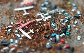 Картинка макро, машины, осколки, самолет, движение, земля, транспорт, вертолеты, самолеты, вертолет, модели, фигуры, фигурки, модельки