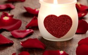 Обои фото, Сердце, Свеча, Лепестки, Праздник, День святого Валентина