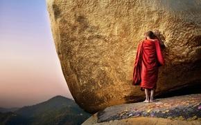 Картинка монах, пагода, Будда, Чайттийо, Мьянма, Бирма, Золотая гора