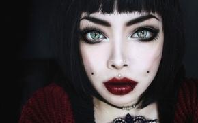 Картинка девушка, пирсинг, зеленые глаза, красные губы, Wylona Hayashi
