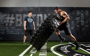 Картинка crossfit, pose, giant tire, strength