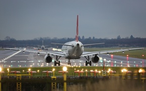 Картинка полоса, Аэропорт, Взлёт, самолёт, посадка, взлётная, Пассажирский, Airbus, Аэробус, ВПП, A-320