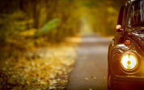 Картинка дорога, машина, стекло, свет, машины, желтый, металл, ретро, настроение, романтика, фокус, вечер, фара, крыло, колесо, …