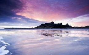 Картинка море, небо, тучи, замок, берег, Англия, вечер, Великобритания, фиолетовое, сиреневое