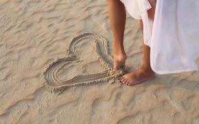 Картинка пляж, девушка, ножки, сердечко, trust yourself