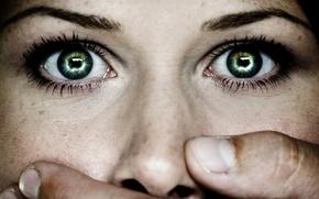 Обои рука, лицо, глаза, зрачки