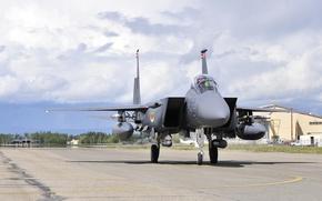 Картинка небо, истребитель, Eagle, Alaska, F-15E, Eielson Air Force Base, Strike, рулежка
