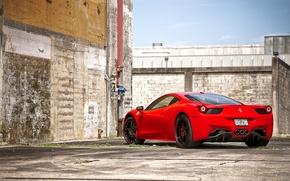 Картинка красный, стена, забор, труба, red, wheels, ferrari, феррари, black, sky, италия, clouds, 458 italia, кирпичный