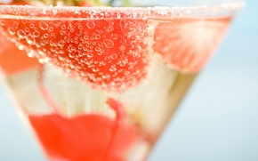 Обои strawberry, напиток, drink, cocktail, коктейль, стакан, glass, клубника