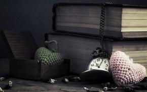 Картинка цветы, время, фон, widescreen, обои, сердце, часы, книги, цепь, сердечки, wallpaper, циферблат, цепочка, книжки, разное, …