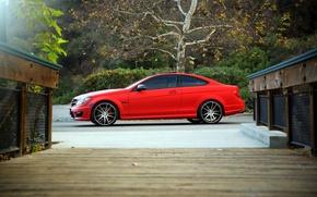 Картинка red, wheels, side, Mercedes Benz, AMG, C63