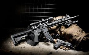 Картинка BCM, комплект, штурмовая винтовка, пистолет, полумрак