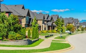 Картинка улица, дома, фонари, газоны, особняки