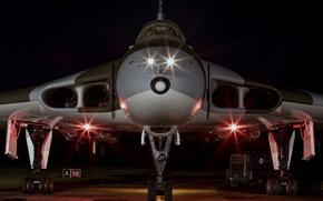 Картинка огни, бомбардировщик, аэродром, стратегический, Avro Vulcan, «Вулкан»