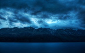 Картинка море, небо, вода, облака, пейзаж, горы, синий, природа, фон, голубой, widescreen, обои, спокойствие, тишина, wallpaper, ...