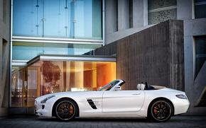 Картинка белый, здание, Мерседес, Mercedes, с боку