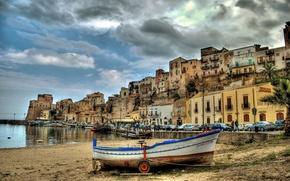Картинка авто, машины, лодка, здания, Италия, набережная, Italy, гавань, Sicily, Сицилия, Castellammare del Golfo, Кастелламмаре-дель-Гольфо