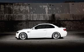 Картинка белый, стена, бмв, BMW, white, кабриолет, E93, Cabrio